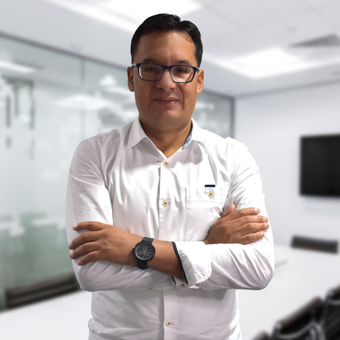 https://newcontax.com/wp-content/uploads/Isidro-Huanca-Enriquez.jpg